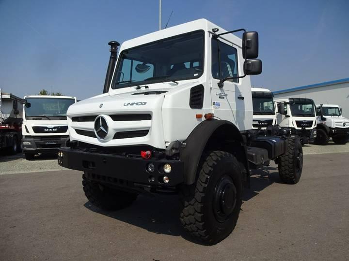 Mercedes-Benz Unimog U 5023 Neu/4x4/Fahrgestell/NA/Klima