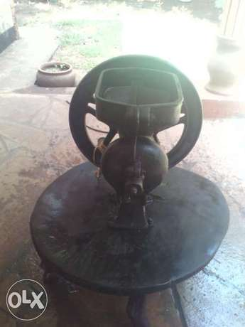 Antique 100 years old for quick sale Mtwapa - image 1