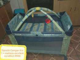 Travlin Camper 4 in 1 mint