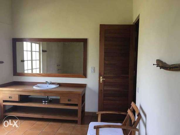 Runda Fully Furnished 3 Bedroom All En-suite Home Available For Rent Runda - image 6