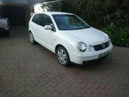 VW polo 1.9 turbo DIesel good condion . Girl drove it.