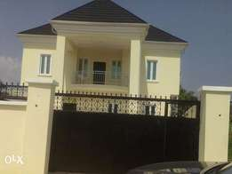 Brandnew 5 bedroom fully detach duplex with room n palo bq 65m