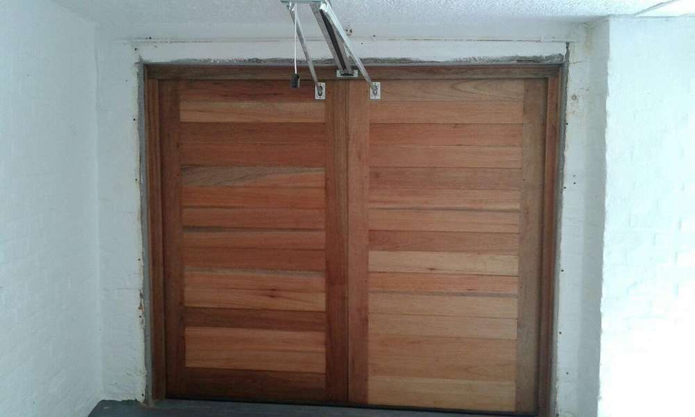 MERANTI BARN DOOR UNTREATED (2400w X 2140h) NO IRON MONGERY INCLUDED : meranti doors - pezcame.com