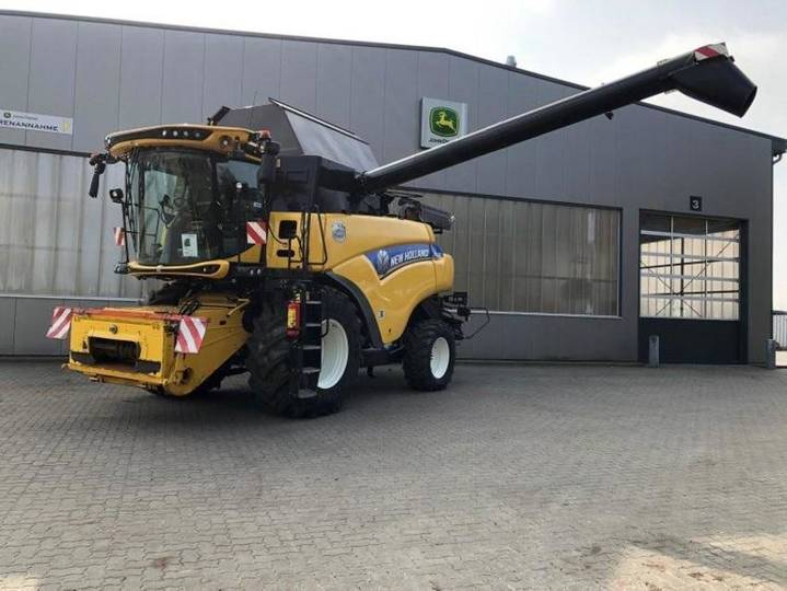 New Holland cr 8.80 - 2015