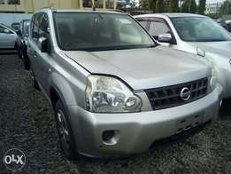 Nissan X-Trail with Sunroof