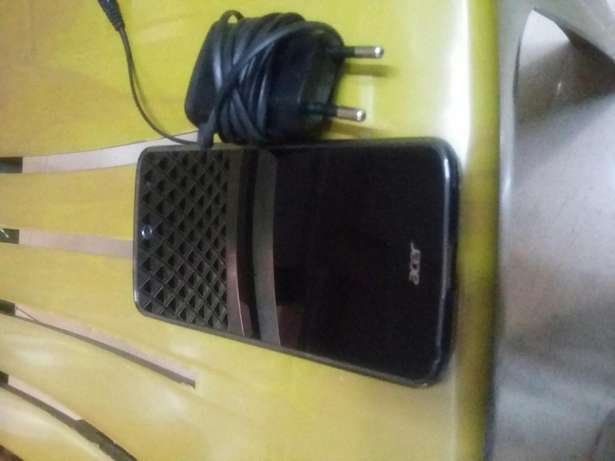 Acer fhone Eastleigh - image 2