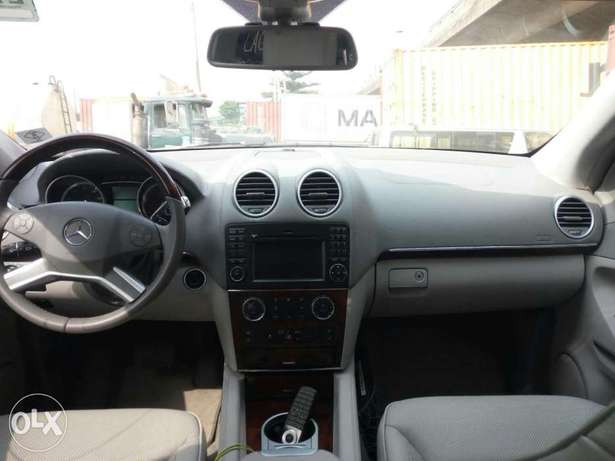 Foreign used 2012 Mercedes Benz Gl450 4matic. Direct tokunbo Apapa - image 6