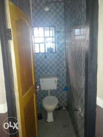 To Let: Clean 2 Bedroom Flat at IREWOLEDE Ilorin West - image 4