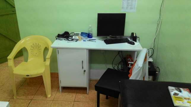Medical clinic for urgent sale. Gachie - image 4