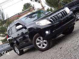 Toyota Landcruiser Prado 2011 model black colour leather sunroof