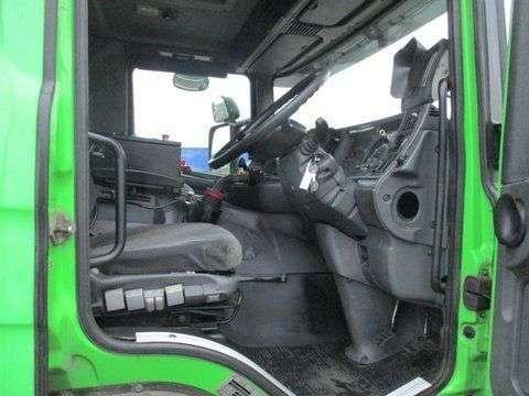 Scania 94 DB 4X2 NA 230 RHD - 2003 - image 4