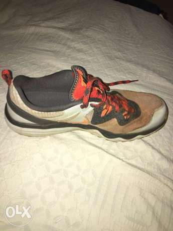 Nike dual fusion trail running shoes (Uk 10.5) Nyari - image 1