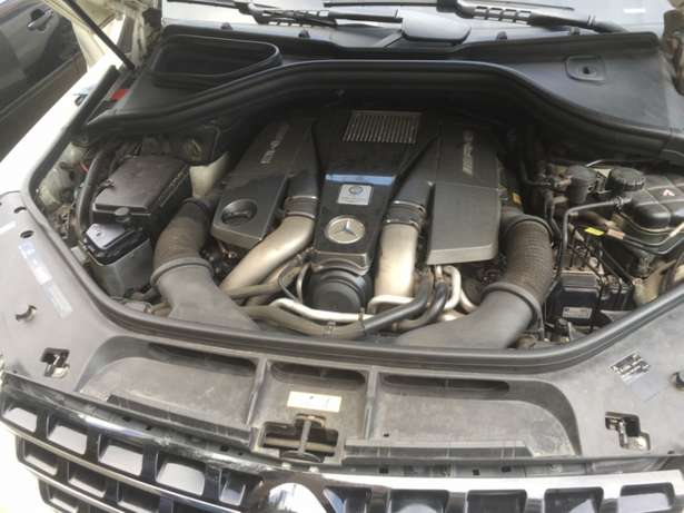 2012 Bought Brand New ML63 AMG Lekki - image 7