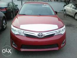 Toks 2014 Camry LE