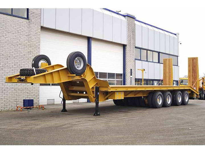 EUROMAX  SLT 120 4MD 8 AXLE LOWBED TRAILER