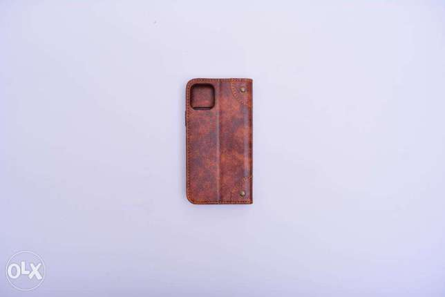 Classic Leather Cover Iphone 11 Brown