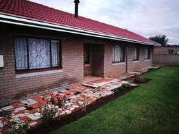Lovely family home in Kwa Thema