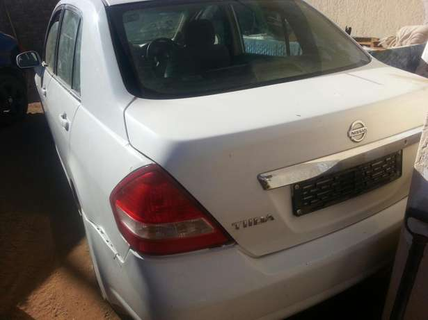 Nissan tida stripping for spares or for sale as is Kimdustria - image 2