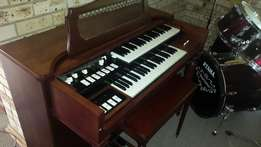Hammond organ model M3