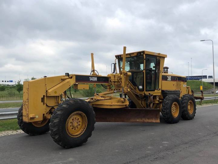 Caterpillar 140H Motor Grader MS-Ripper + PUSH BLOCK - 2005