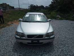 Very clean toks volvo ride available for sale