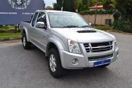 2010 Isuzu kb300 teq lx 4x4 in good condition