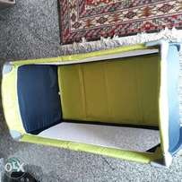 Hauk play bed for toddlers