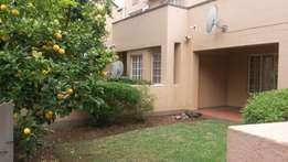 Position! Position! Ground floor 1bed 1bath flat in lower Paulshof
