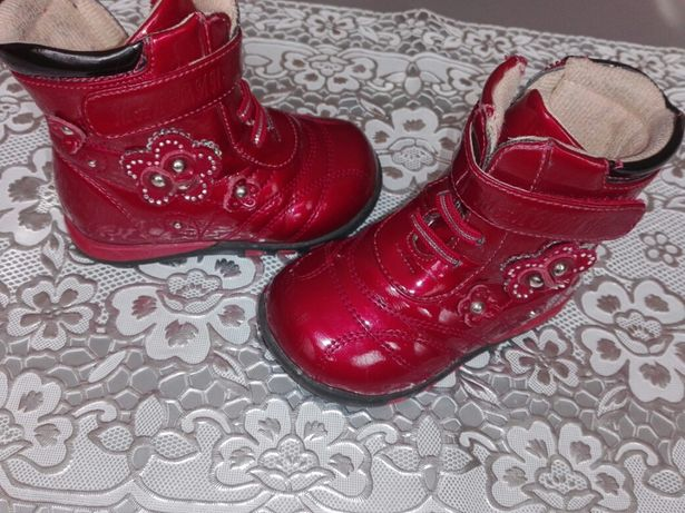 Ботиночки Мальвина  90 грн. - Дитяче взуття Суми на Olx 41288541fbb1c