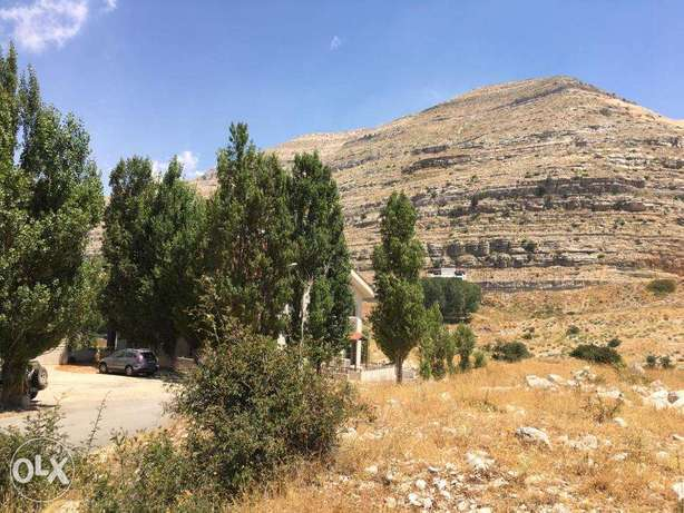WONDERFUL Land in the Heart of Fakra with AMAZNING Neighborhood & View فقرا -  5