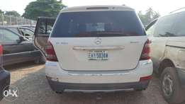 Benz GL550 for sale 2008 with DVD head rest