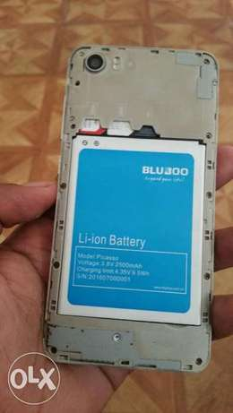 """BLUBOO Picasso 5.0"""" In a mint condition, no defects whatsoever Nairobi CBD - image 6"""