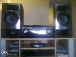 4.2 CH dual subwoofer system 1000W mgongo