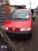 very clean first body Volkswagen sharan full option with A/C chilling