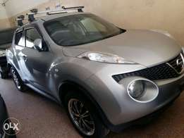 Nissan juke with carrier. Sports rims