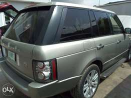 Very clean Nigerian Used 2009 Model Range Rover Vogue
