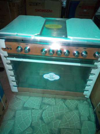 Brand new SCANFROST 6 burners gas cooker with oven Lagos Mainland - image 4