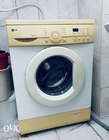 LG frontload Washing Machine 5KG for Sale
