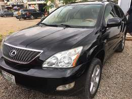 Very clean Lexus RX330 in a very good condition