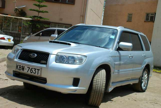 Subaru Forester year 2006 Model Kilimani - image 2