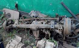 Toyota Landcruiser,HZJ105 complete rear diff,other parts.