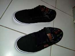 """Vans """"off the wall"""" Limited Edition Sneakers"""
