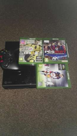 Xbox one 500gb + remote + fifa 17+fifa16+pes 17 Odendaalsrus - image 1