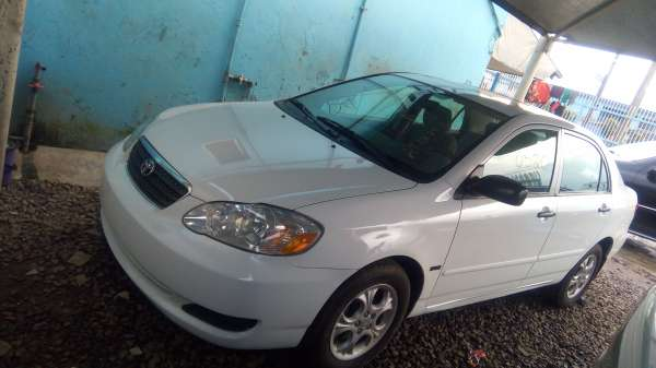 Super Clean Toyota Corolla (2006) for sale Agege - image 2