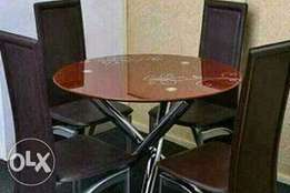Dining table with chair., with high quolity .