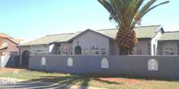 Beautiful home in tranquil setting - Lenasia South Ext 1