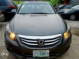 Super clean Honda accord 2009model leather interior first