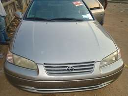 Clean Toyota Camry tiny light