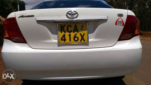 Toyota axio manual in extreme good condition Limuru - image 2