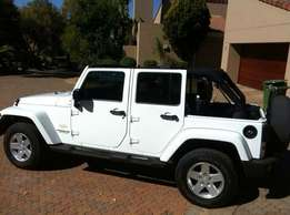 Jeep Wrangler Sahara 3.8 Unlimited A/T